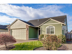 Photo of 980 JULIE LN, Molalla, OR 97038 (MLS # 20021749)
