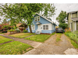 Photo of 6405 SE 87TH AVE, Portland, OR 97266 (MLS # 20046906)