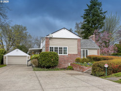 Photo of 5939 SW TAYLORS FERRY RD, Portland, OR 97219 (MLS # 20051982)