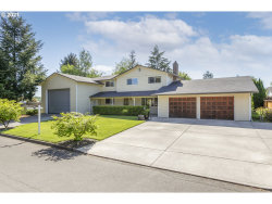 Photo of 612 NW 5TH AVE, Battle Ground, WA 98604 (MLS # 20052460)