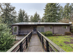 Photo of 10515 SW 53RD AVE, Portland, OR 97219 (MLS # 20053920)