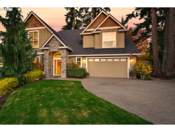 Photo of 11044 SW 113TH TER, Tigard, OR 97223 (MLS # 20060337)