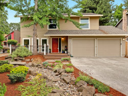 Photo of 9837 SW KIMBERLY DR, Tigard, OR 97224 (MLS # 20070756)