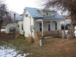 Photo of 705 Main ST, Fossil, OR 97830 (MLS # 20084704)
