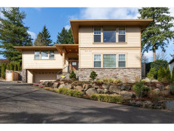 Photo of 10137 SW LANCASTER RD, Portland, OR 97219 (MLS # 20091971)