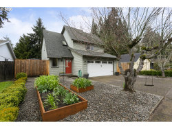 Photo of 7845 SW BOND ST, Tigard, OR 97224 (MLS # 20097179)