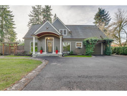 Photo of 16217 SE RIVER RD, Milwaukie, OR 97267 (MLS # 20106176)