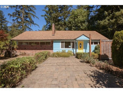 Photo of 937 COUNTRY CLUB RD, Lake Oswego, OR 97034 (MLS # 20110876)
