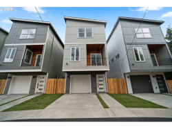 Photo of 4209 SE 80th AVE, Portland, OR 97206 (MLS # 20112140)
