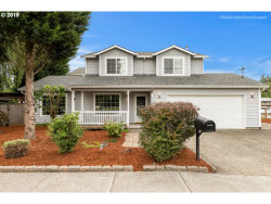 Photo of 3222 SE ROSWELL ST, Milwaukie, OR 97222 (MLS # 20129762)