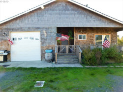 Photo of 521 NINETEENTH ST, Port Orford, OR 97465 (MLS # 20130249)