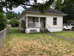 Photo of 450 SE WALNUT ST, Hillsboro, OR 97123 (MLS # 20133752)