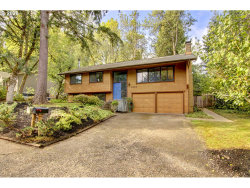 Photo of 3664 WILSHIRE LN, Eugene, OR 97405 (MLS # 20148804)