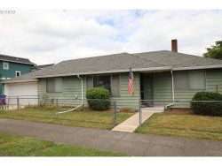 Photo of 7605 N SMITH ST, Portland, OR 97203 (MLS # 20149027)
