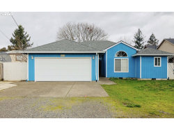 Photo of 8625 SE RHONE ST, Portland, OR 97266 (MLS # 20149058)