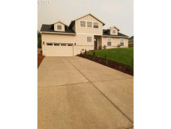 Photo of 8940 SE SPY GLASS DR, Happy Valley, OR 97086 (MLS # 20168651)