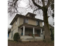 Photo of 784 YOUNG ST, Woodburn, OR 97071 (MLS # 20170287)