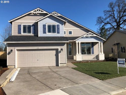 Photo of 510 ANDRIAN CT, Molalla, OR 97038 (MLS # 20182550)