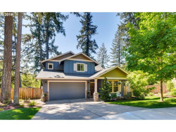 Photo of 6450 FROST ST, Lake Oswego, OR 97035 (MLS # 20191765)