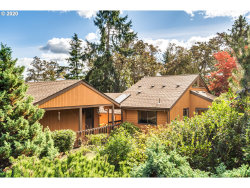 Photo of 530 W 35TH PL, Eugene, OR 97405 (MLS # 20197712)