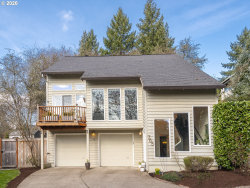 Photo of 755 SW MAPLECREST DR, Portland, OR 97219 (MLS # 20215593)