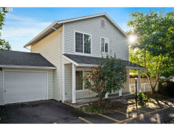Photo of 2746 SE 141ST AVE, Portland, OR 97236 (MLS # 20215719)