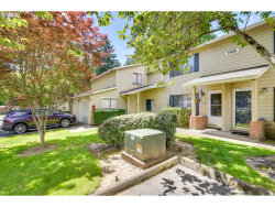 Photo of 29530 SW VOLLEY ST , Unit 28, Wilsonville, OR 97070 (MLS # 20227914)