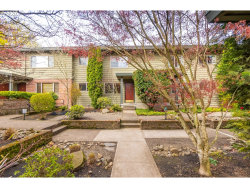 Photo of 908 SW GAINES ST , Unit 9, Portland, OR 97239 (MLS # 20230262)