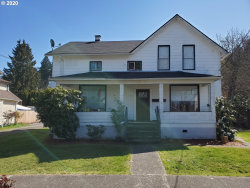 Photo of 110 CENTER ST, Oregon City, OR 97045 (MLS # 20231780)