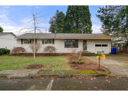 Photo of 1430 SE 151ST AVE, Portland, OR 97233 (MLS # 20240690)