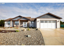 Photo of 3135 LINCOLN AVE, Bandon, OR 97411 (MLS # 20265916)