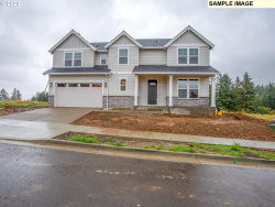 Photo of 9038 SE SPY GLASS DR, Happy Valley, OR 97086 (MLS # 20280438)
