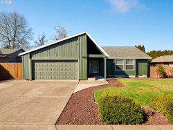 Photo of 1025 S FIR CT, Canby, OR 97013 (MLS # 20301432)