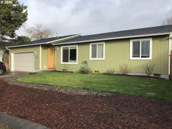 Photo of 1480 SW 211TH AVE, Beaverton, OR 97003 (MLS # 20315242)