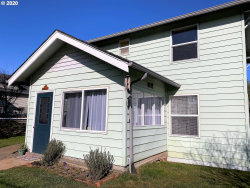 Photo of 1057 WINCHESTER AVE, Reedsport, OR 97467 (MLS # 20319785)