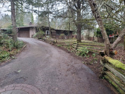 Photo of 1799 E TAYLOR AVE, Cottage Grove, OR 97424 (MLS # 20331633)