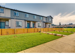 Photo of 2142 NE FOUR SEASONS LN , Unit 183, Vancouver, WA 98684 (MLS # 20344019)