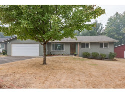 Photo of 17564 SE PARADISE DR, Milwaukie, OR 97267 (MLS # 20365209)