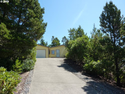 Photo of 340 NORTHRIDGE DR, Florence, OR 97439 (MLS # 20373756)