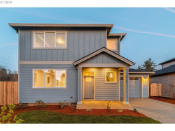 Photo of 5712 SE 134TH PL, Portland, OR 97236 (MLS # 20401608)