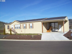 Photo of 165 NESTUCCA LN , Unit 159, Roseburg, OR 97471 (MLS # 20412389)