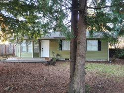 Photo of 1930 SE 147TH AVE, Portland, OR 97233 (MLS # 20418602)