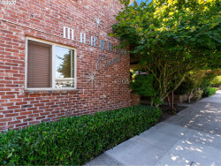 Photo of 908 SW GAINES ST , Unit 24, Portland, OR 97239 (MLS # 20421248)