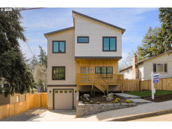 Photo of 5017 SE 88TH AVE, Portland, OR 97266 (MLS # 20434091)