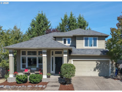 Photo of 15455 SE OREGON TRAIL DR, Clackamas, OR 97015 (MLS # 20464375)