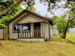 Photo of 2710 BROADWAY, North Bend, OR 97459 (MLS # 20468939)