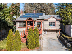 Photo of 1025 SW TAYLORS FERRY RD, Portland, OR 97219 (MLS # 20485233)