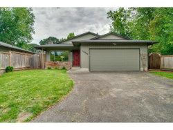 Photo of 10938 SW 62ND PL, Portland, OR 97219 (MLS # 20489769)