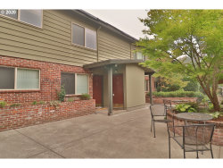 Photo of 908 SW GAINES ST , Unit 14, Portland, OR 97239 (MLS # 20490071)