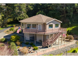 Photo of 17400 E OCEAN DR, Brookings, OR 97415 (MLS # 20495520)